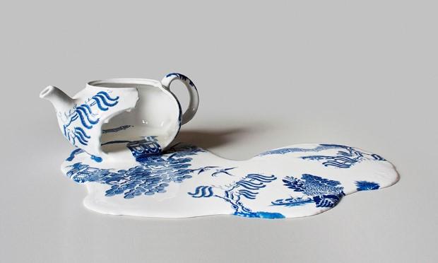 Livia Marin meni rozbity porcelan tekutym efektom na umenie 10