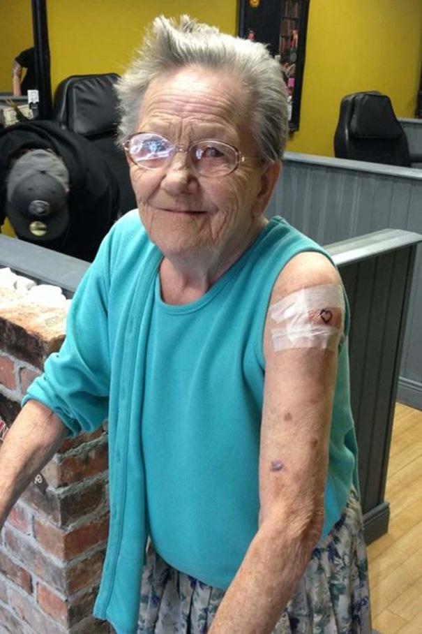 babicka Tony Sellers tetovanie 1