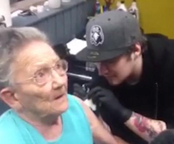 babicka Tony Sellers tetovanie 3