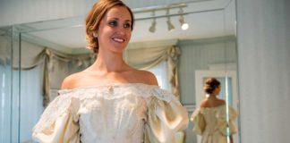 Táto nevesta je už 11. ženou v rodine, ktorá si na svadbu obliekla tie isté svadobné šaty!