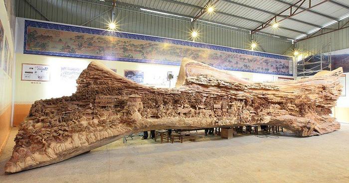 Zhen Chunhui najväcsie dielo vyrezane do dreva 1
