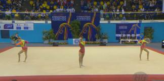 Dychberúce vystúpenie troch poľských gymnastiek, ku ktorému sú slová zbytočné. Treba vidieť!